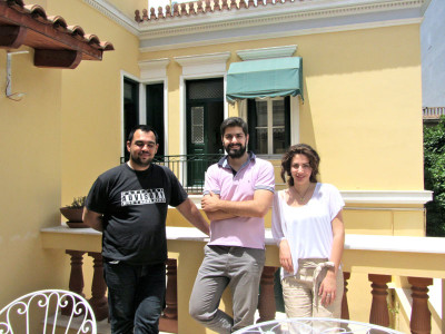 Chef Dimitris Vassilaris, founder Konstantinos Matsourdelis and guide Niki Papalexopoulou in the Gastronomy Museum courtyard, photo by Diana Farr Louis
