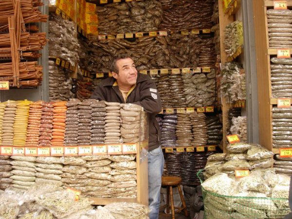 Herb shop on Athinas and Evripidou, photo by Diana Farr Louis