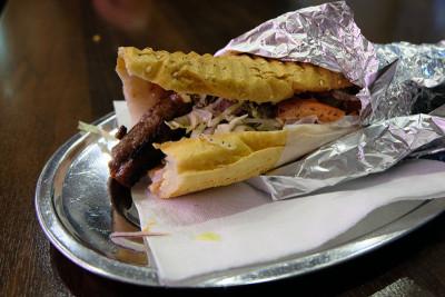 Köfte sandwich at Bal Köfteci, photo by Paul Osterlund