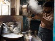 Munawar, a tea maker in Old Delhi, photo by Sarah Khan
