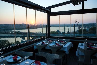 Golden City Hotel Bar, photo by Monique Jaques