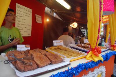 Fatias paridas for sale at the Santo António festival, photo by Célia Pedroso