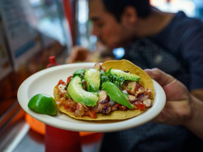 El Caguamo's octopus tostada, photo by PJ Rountree