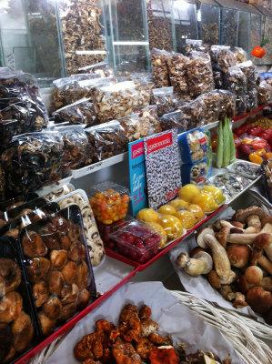 Mushrooms at Mercado San Juan, photo by Nicholas Gilman