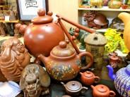 Decorative teapots and tea accessories, photo by UnTour Shanghai