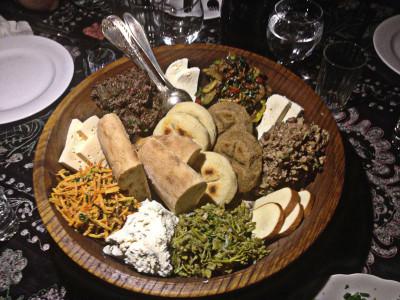 Shavi Lomi's Ghobi platter, photo by Paul Rimple